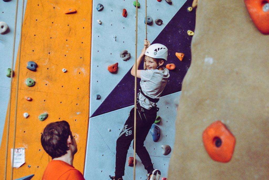 Ścianka-wspinaczkowa-dla-dzieci